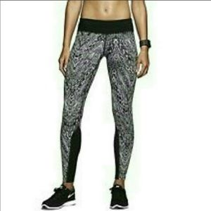 Nike Dri-Fit Epic Lux Running Tights